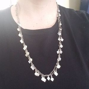 Jewelry - Silver Metal Chain Necklace w Silver Triangles
